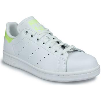 Zapatos Mujer Zapatillas bajas adidas Originals Adidas Stan Smith W Blanc Blanco