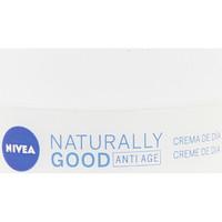 Belleza Mujer Antiedad & antiarrugas Nivea Naturally Good Crema Antiarrugas Día