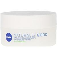 Belleza Mujer Hidratantes & nutritivos Nivea Naturally Good Crema Hidratante Día