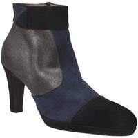 Zapatos Mujer Botines Brenda Zaro F97563 Negro/Marino