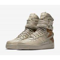 Zapatos Zapatillas altas Nike SF Air Force 1 Dessert Camo Chino/Chino/Classic Stone