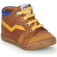 Zapatos Niño Zapatillas altas GBB ASTORY Marrón