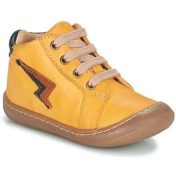 Zapatos Niño Zapatillas altas GBB APODAMI Amarillo