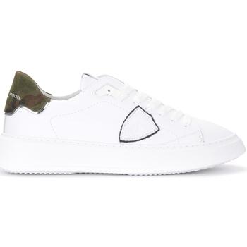 Zapatos Hombre Zapatillas bajas Philippe Model Zapatillas Temple de piel blanca y estampa camuflaje Blanco