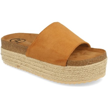 Zapatos Mujer Zuecos (Mules) Woman Key MT-52 Camel