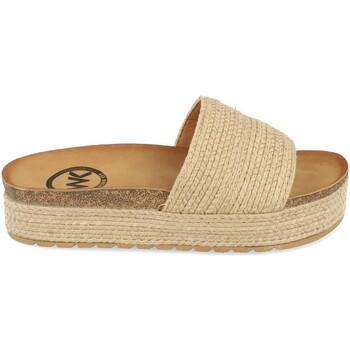 Zapatos Mujer Zuecos (Mules) Woman Key CZ-10096 Beige