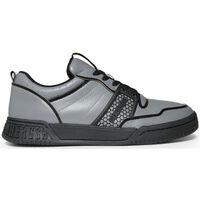 Zapatos Hombre Deportivas Moda Bikkembergs - scoby_b4bkm0102 Gris