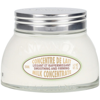 Belleza Mujer Hidratantes & nutritivos L'occitane Amande Concentré De Lait  200 ml