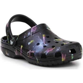 Zapatos Niños Sandalias Crocs Classic Out Of This World II 206818-001 negro