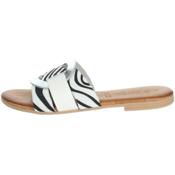 Zapatos Mujer Zuecos (Mules) Dorea MH105 Blanco