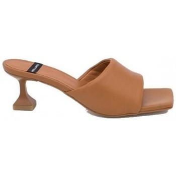Zapatos Mujer Zuecos (Mules) Angel Alarcon MODELO BATOUL Multicolor