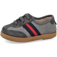 Zapatos Niño Zapatillas bajas Andrea Ruiz 268 GRIS