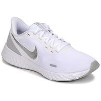 Zapatos Mujer Multideporte Nike WMNS NIKE REVOLUTION 5 Blanco / Plateado