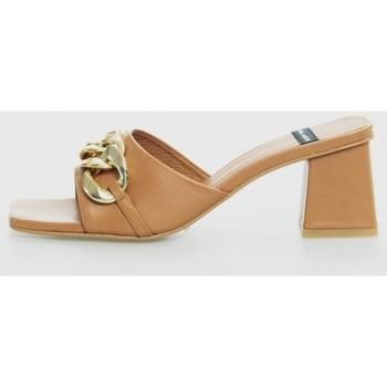 Zapatos Mujer Zuecos (Mules) Angel Alarcon 21253-528 Marrón
