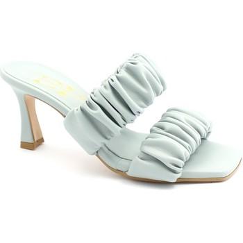 Zapatos Mujer Zuecos (Mules) Divine Follie DIV-E21-593-GR Grigio