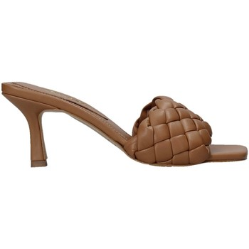 Zapatos Mujer Zuecos (Mules) Grace Shoes 395R015 Marrón