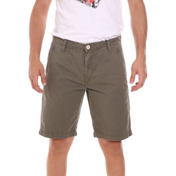 textil Hombre Shorts / Bermudas Gaudi 111GU25043WH Verde