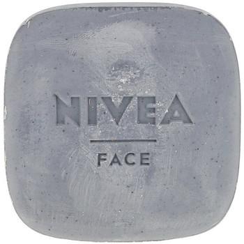 Belleza Mujer Mascarillas & exfoliantes Nivea Naturally Good Limpiador Facial Exfoliante Profundo 75 Gr