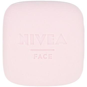 Belleza Mujer Desmaquillantes & tónicos Nivea Naturally Good Limpiador Facial Piel Radiante 75 Gr