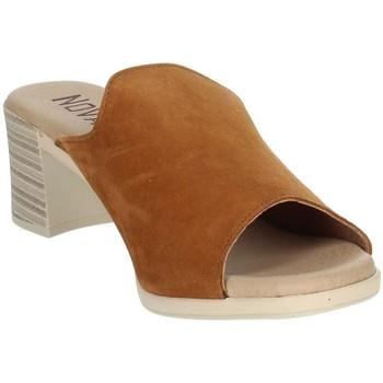 Zapatos Mujer Zuecos (Mules) Novaflex BARBERINO Marrón cuero