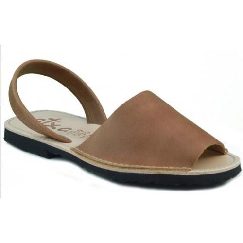 Zapatos Zuecos (Mules) Arantxa MENORQUINA DE PIEL MARRON