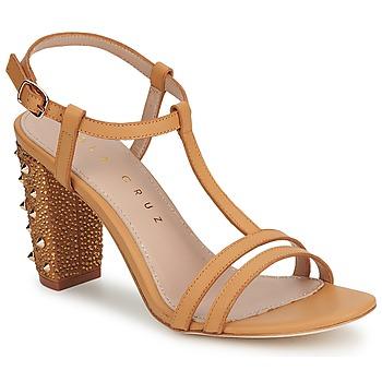Zapatos Mujer Zapatos de tacón Lola Cruz STUDDED Beige / Tan