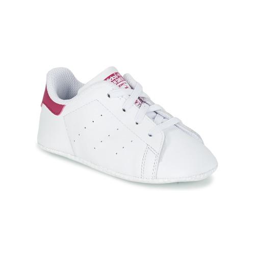 Zapatos Niña Zapatillas bajas adidas Originals STAN SMITH CRIB Blanco / Rosa