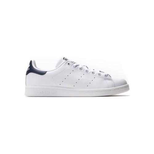 Zapatos Hombre Zapatillas bajas adidas Originals Stan Smith Blanc