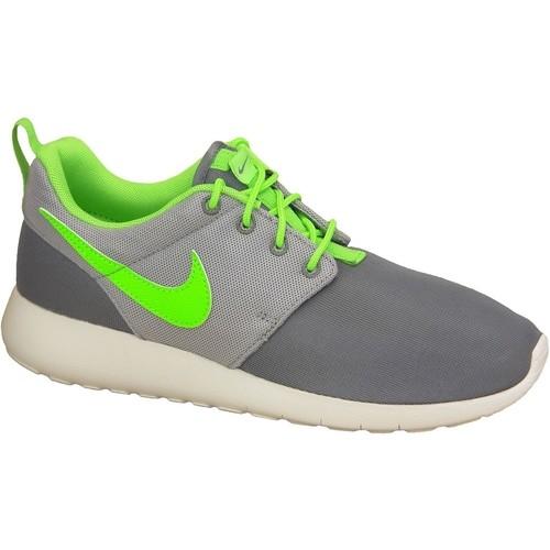 Zapatos Niño Zapatillas bajas Nike Roshe One Gs 599728-025 Green,Grey,White