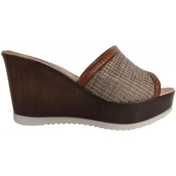 Zapatos Mujer Zuecos (Clogs) Cumbia 30157 Beige