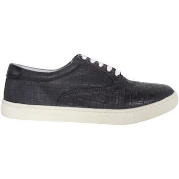 Zapatos Hombre Zapatillas bajas Kickers 502090-60 VILLANIS Gris