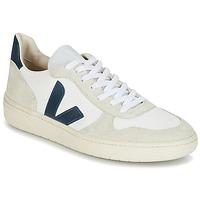Zapatos Zapatillas bajas Veja V-10 Blanco / Azul