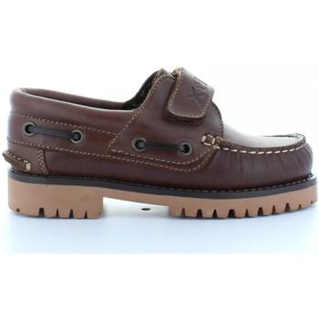 Zapatos Niños Zapatos náuticos Xti 53455 Marr?n