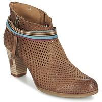 Zapatos Mujer Botines Felmini OMESSIO Marrón