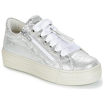 Zapatos Niña Zapatillas bajas Primigi RAPATITE Plata