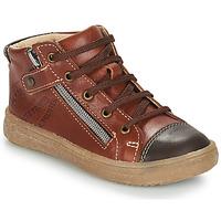 Zapatos Niño Botas de caña baja GBB NICO Marrón