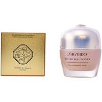 Belleza Mujer Base de maquillaje Shiseido Future Solution Lx Total Radiance Foundation 3-golden 30 ml