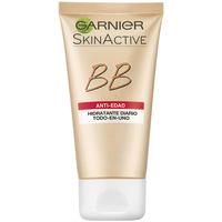 Belleza Mujer Hidratantes & nutritivos Garnier Skin Naturals Bb Cream Anti-edad medium  50 ml