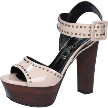 Zapatos Mujer Sandalias Olga Rubini sandalias beige charol borchie BY316 beige