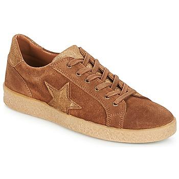Zapatos Mujer Zapatillas bajas André ABIGAIL Camel